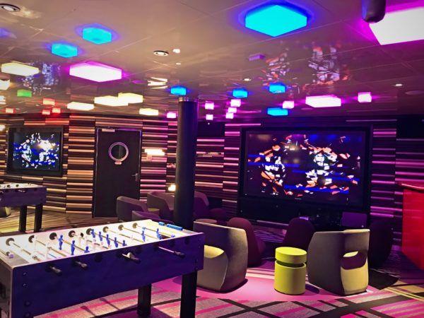 Vibe: A Club For Teens On The Disney Dream #DisneyCruise