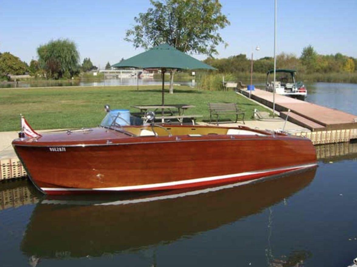 1953 22 Shepherd Sportsman Runabout Model 110s Niagara On The