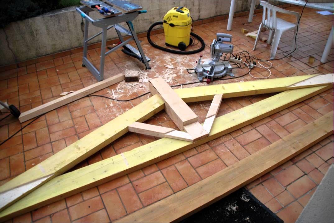 Hacer construir una cercha de estructura de madera para for Crear una cubierta de madera