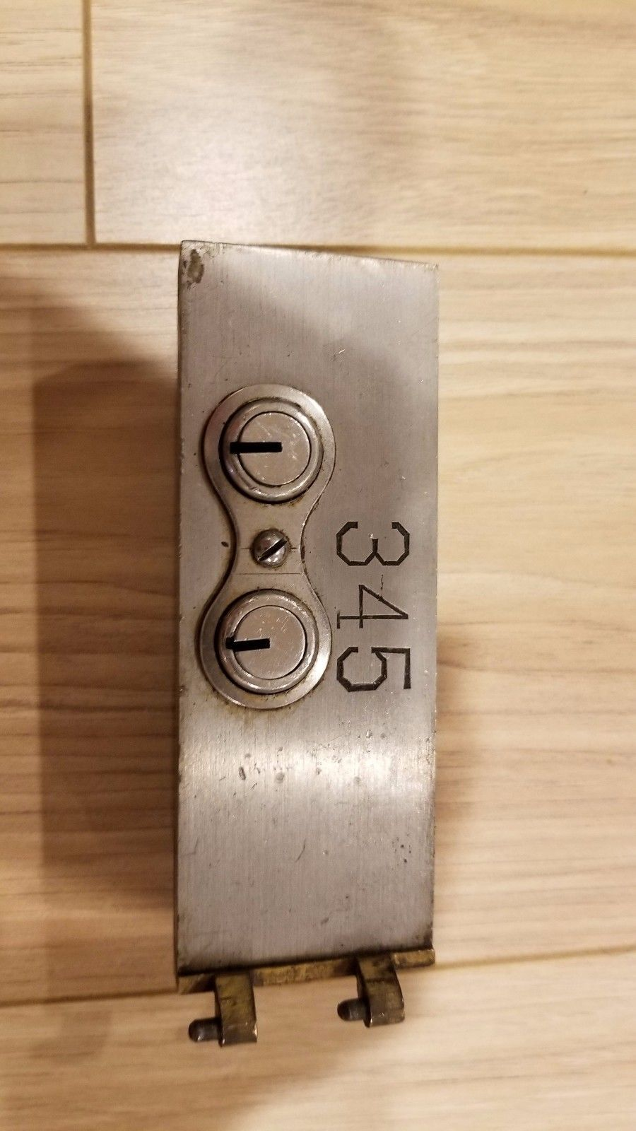 Safe Deposit Box Door Lock! Safety Bank Vintage One Key