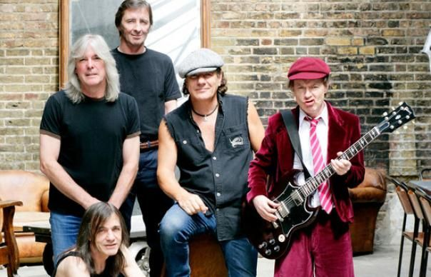 Discografia de AC/DC estará disponível no iTunes