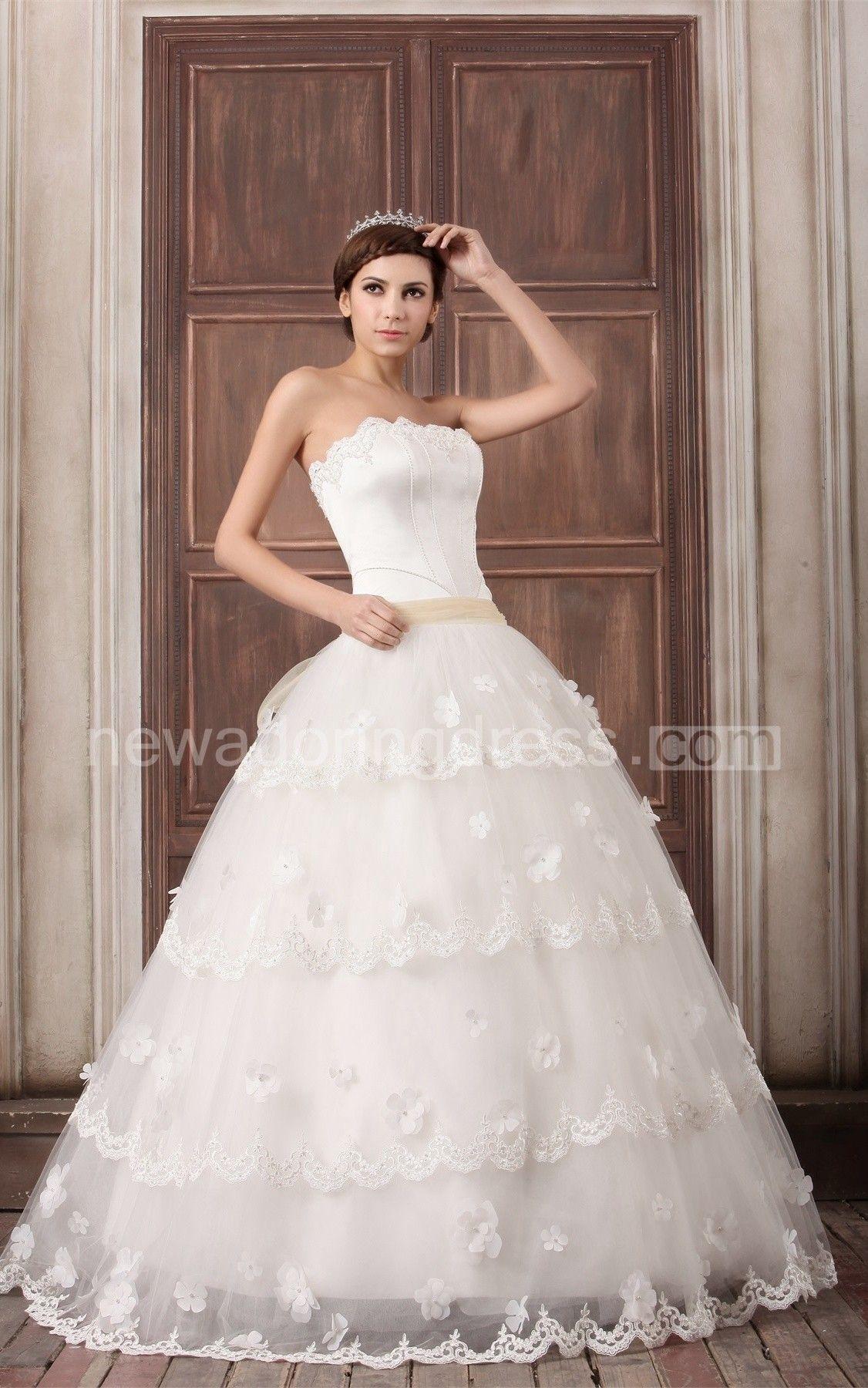 Floating princess sleeveless satin strapless wedding dresses