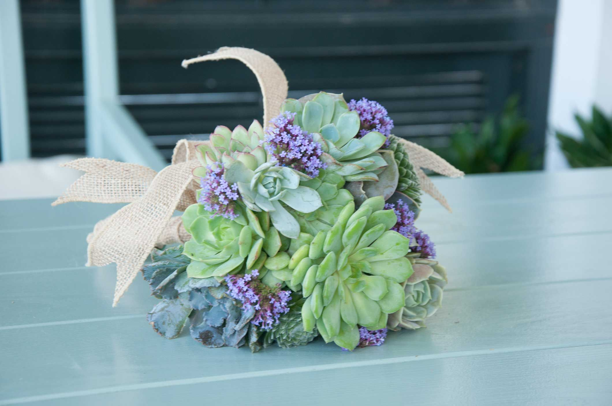 How to Make a Succulent Wedding Bouquet