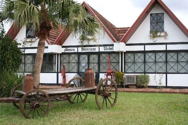 Museu Henrique Üebel