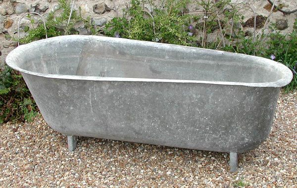 pinmillie rochon on zinc zeal | vintage bathtub, outdoor bathtub