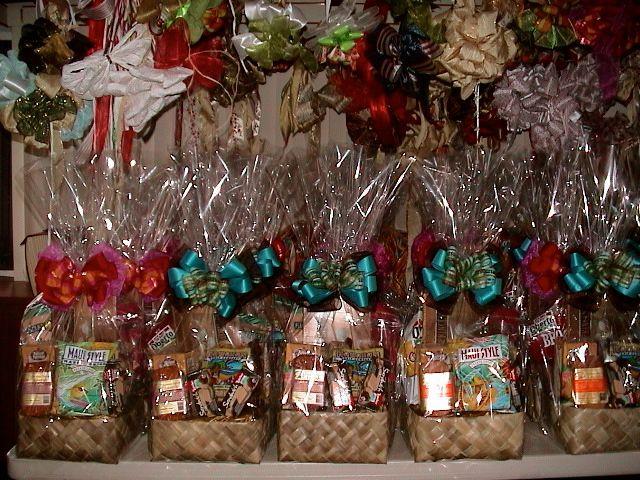Fun, colorful and delicious Hawaiian gift baskets. | HAWAIIAN GIFT ...