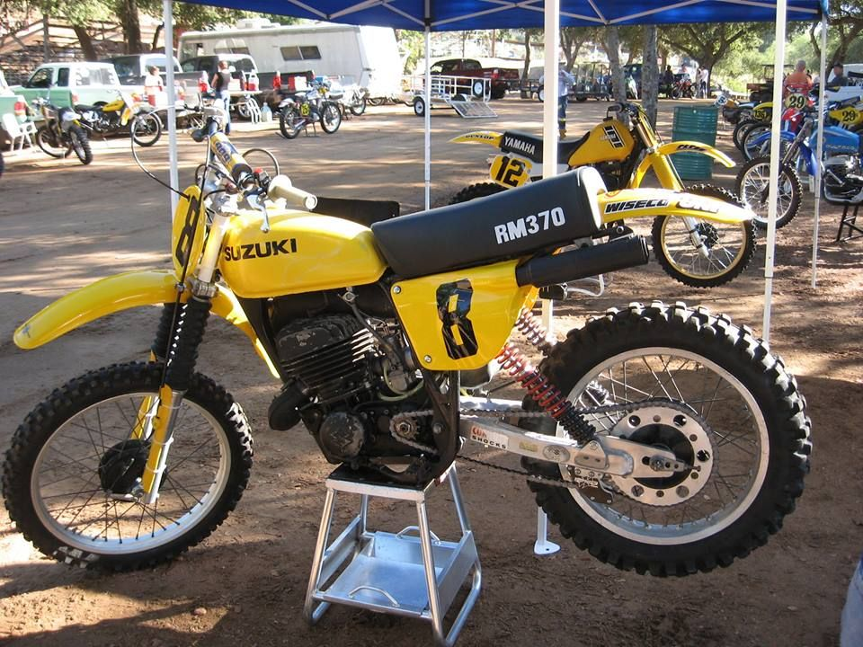 1977- Suzuki RM250 with aftermarket swingarm and suspension