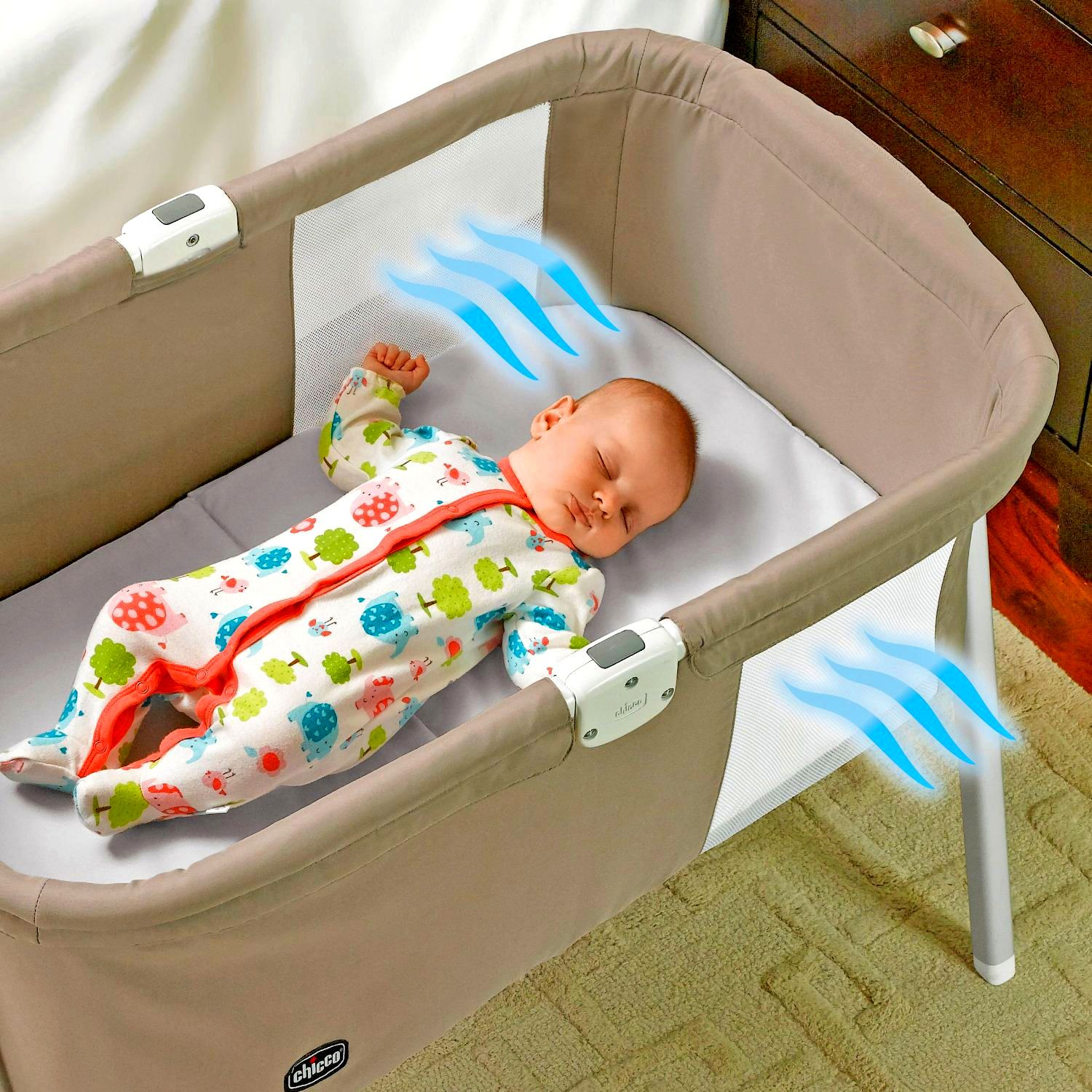 Portable Bassinet With Easy Ventilated Sides
