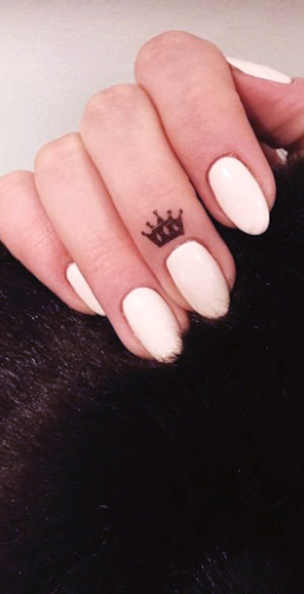 Small Crown Finger Tattoo Ideas for Women Simple