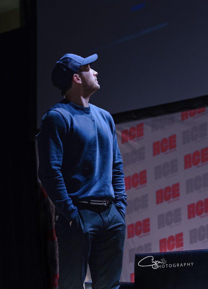 Chris Evans, Ace Comic Con, Fall 2018   Chris Evans in 2019