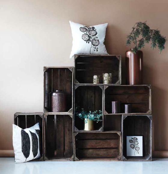 cagette en bois les recycler et d tourner en meuble d co cagette blog deco et le blog. Black Bedroom Furniture Sets. Home Design Ideas