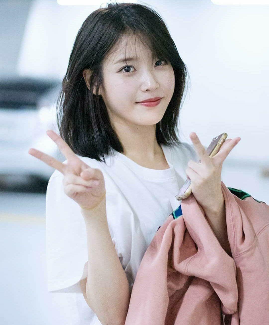 Pin By Lovlyze On Iu Kpop Short Hair Korean Short Hair Short Hair Styles