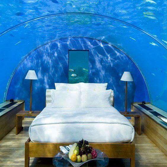 Habitaci n de hotel bajo el agua en las islas maldivas the for El mejor hotel de islas maldivas