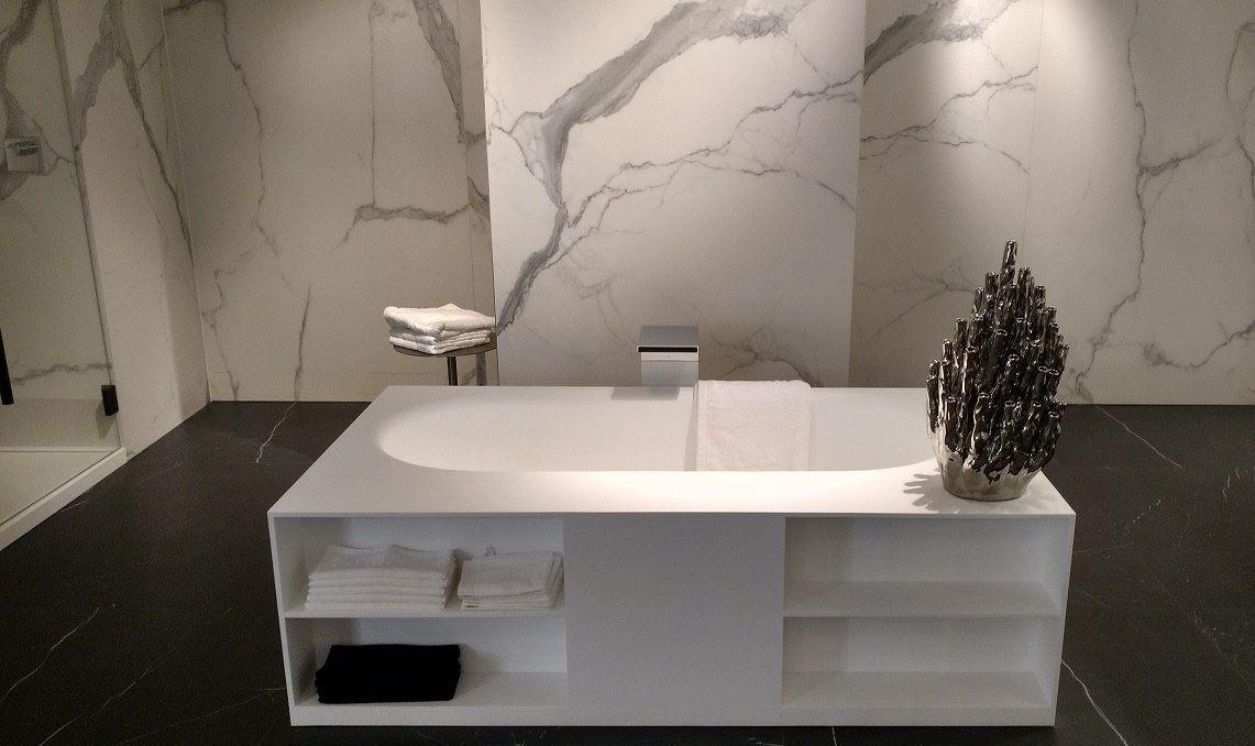 Solid Surface bad met opbergruimte - Burgos bad van RIHO. Mooi in ...