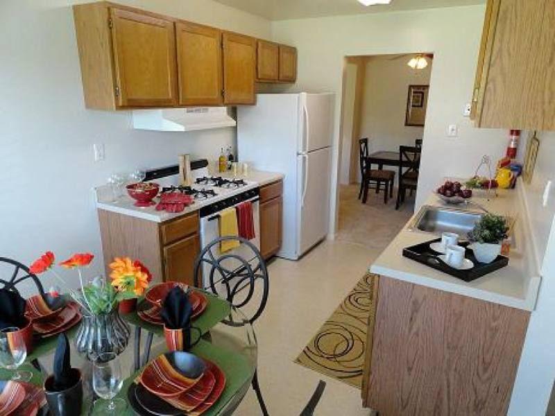 804 451 1883 Huguenot Apartments Spacious 1 2 And 3 Bedroom