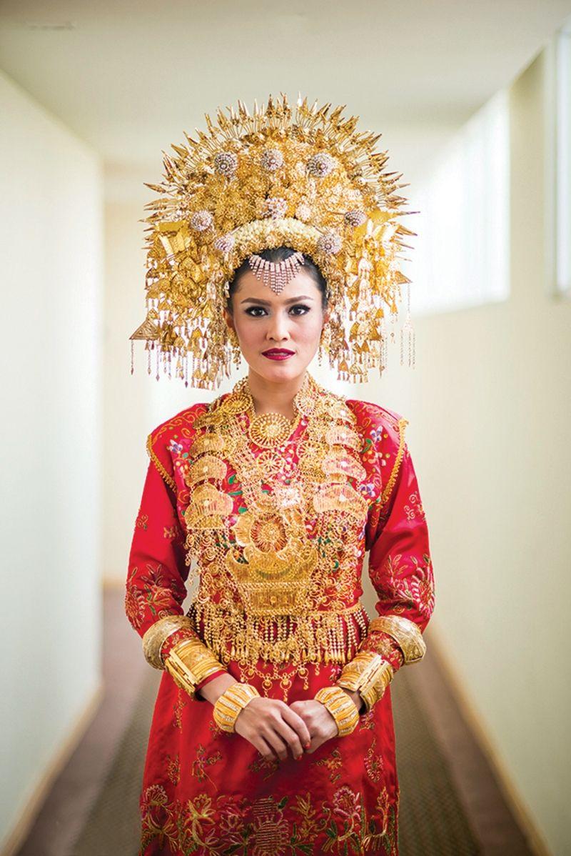 Pakaian Adat Minangkabau Wanita