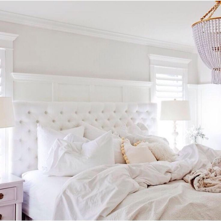 Une chambre pur e blanc d co d coration http www for Decoration chambre epuree