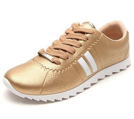 ea41e7f65d0 Uma ótima dica de calçado feminino é o Tênis feminino Moleca Sport Dourado
