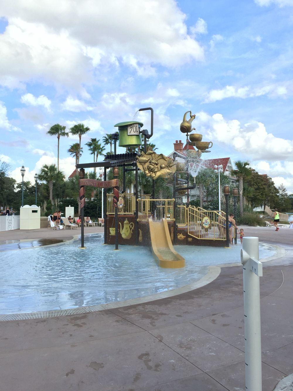Grand Floridian Pool Area Kids #disney