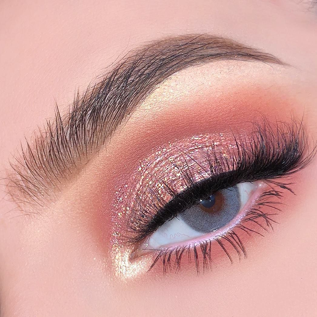 How To Apply Eyeshadow A Step By Step Tutorial 2020 With Images