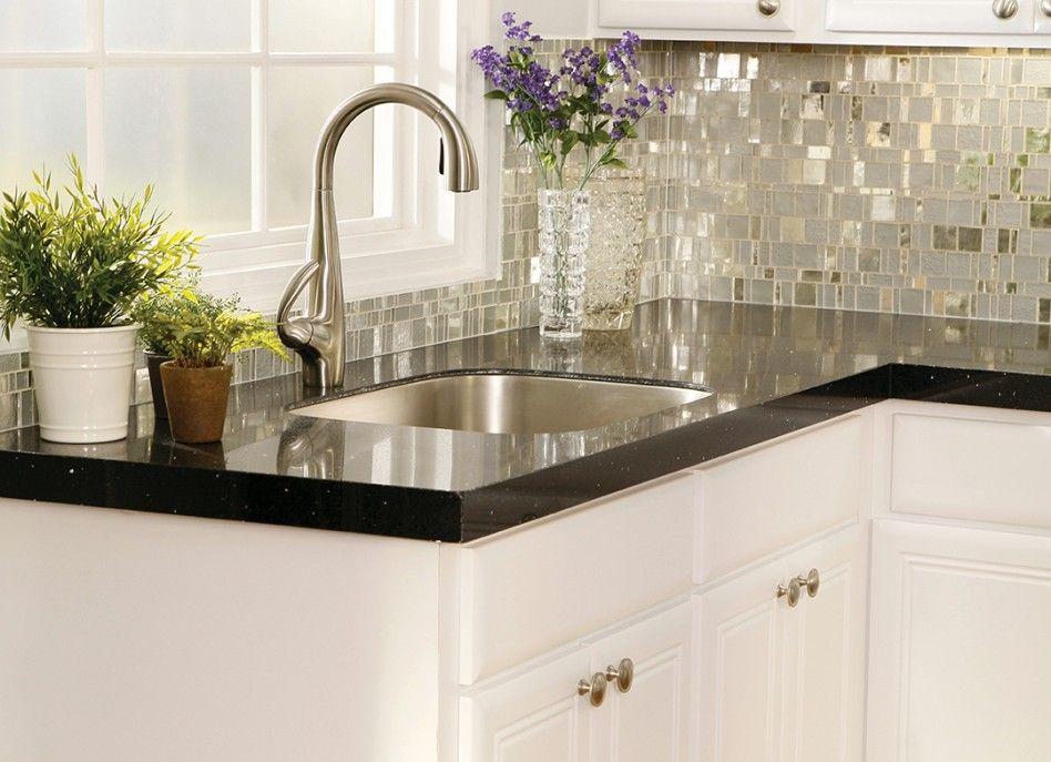 I Like The Reflective And Matte Glass Combo In The Backsplash Kitchen Backsplash Trends Kitchen Backsplash Designs Mosaic Tile Kitchen