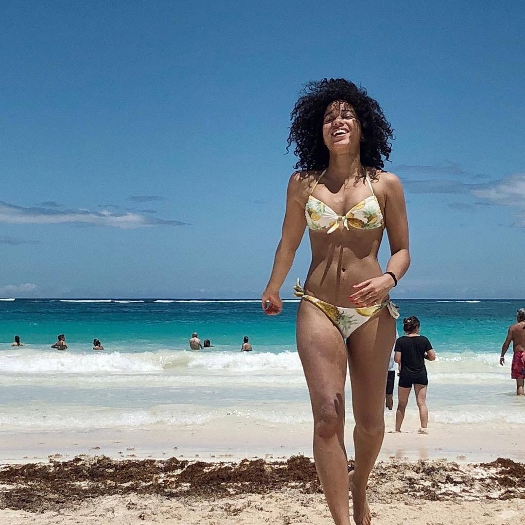 Alisha Wainwright Alisha Wainwright Black Actresses Beach Girls