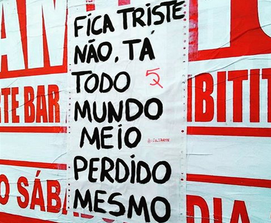 """Fica triste não, ta todo mundo meio perdido mesmo"" via @faltarte #oqueasruasfalam #asruasfalam #fotododia #rua #streetartsp #instapixo #hunter #frases #pelasruas #cool #bestoftheday #grafite #grapixo #grafitti #intaart #indiretaurbana #instalive #manifesto #nosmuros #stencilart #noolhodarua #picoftheday #txturbano"