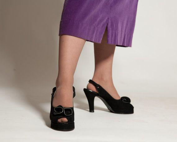 Vintage 1940s Platform Shoes #vintage #black #platform #shoes #1940s #peeptoe @Etsy