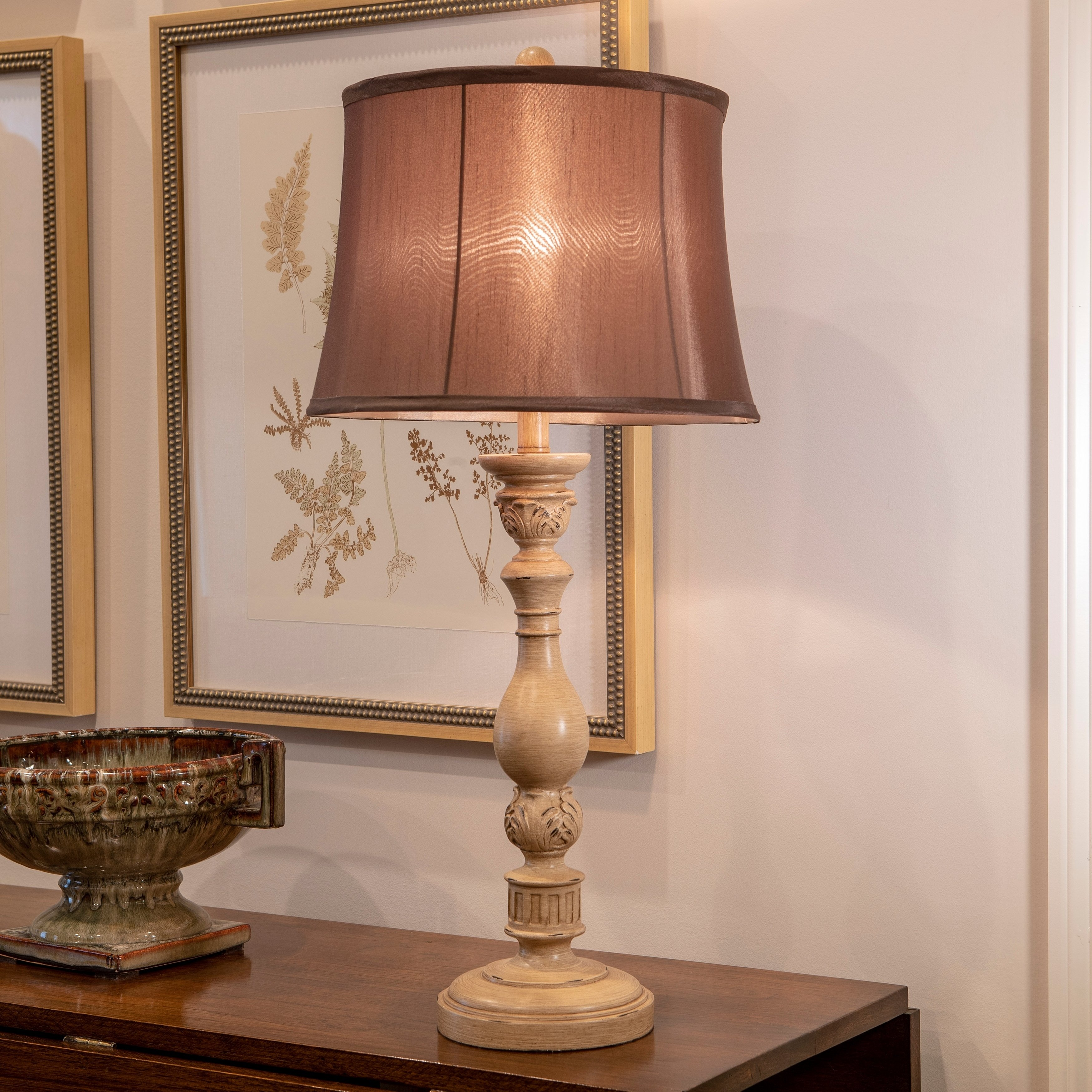 Dora Distressed Resin Table Lamp Beige Table Lamp Traditional Table Lamps Buffet Lamps
