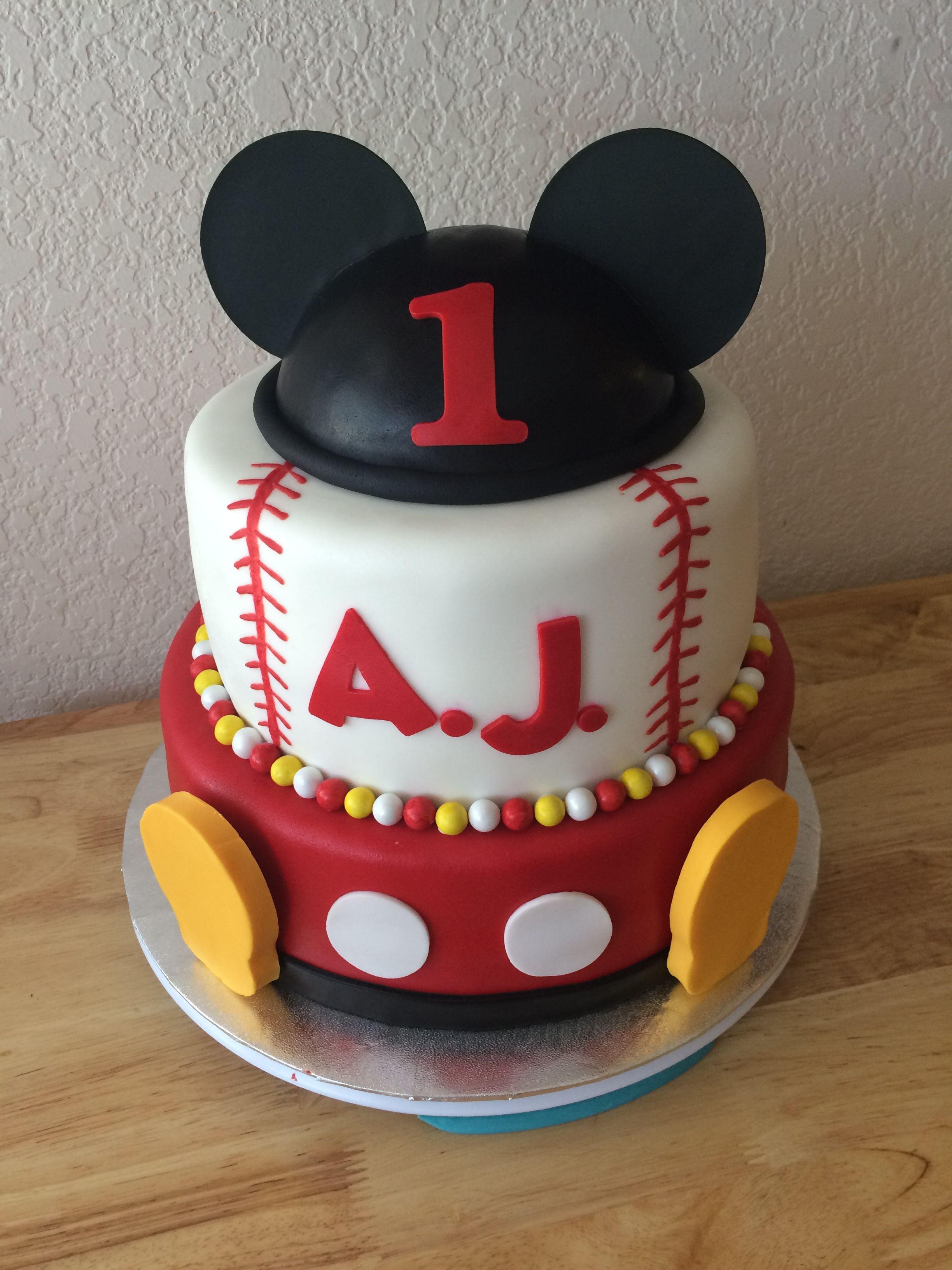 Mickey Mouse Baseball Cake Creativecakesbyrochelle Creative Cakes