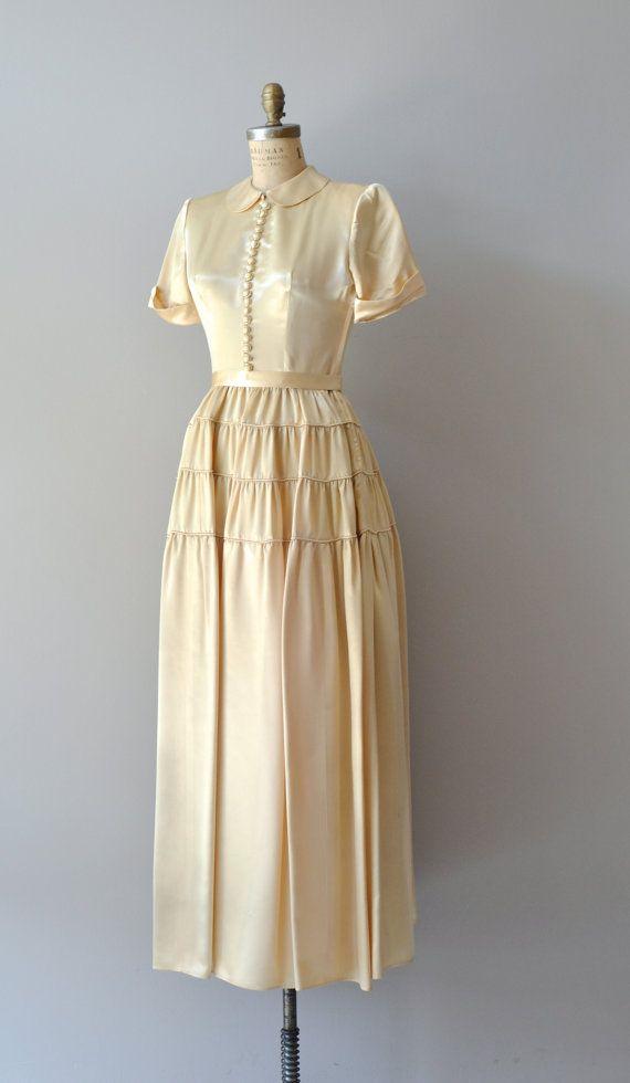 1940s Dress Silky Stars Vintage 40s Dress: 1940s Wedding Dress / Vintage 40s Dress / By DearGolden On