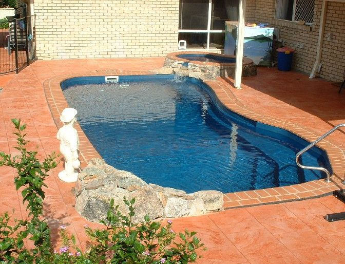 Inground pools small yards pools backyards pinterest for Swimming pools for small yards