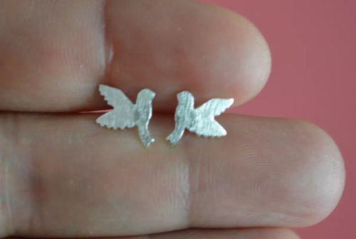 925 Sterling Silver Matt Look Flying Bird Dove Stud Earrings Jewelry