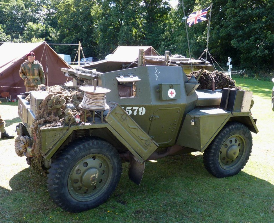 Track Link Articles British Daimler Scout Car Detailed