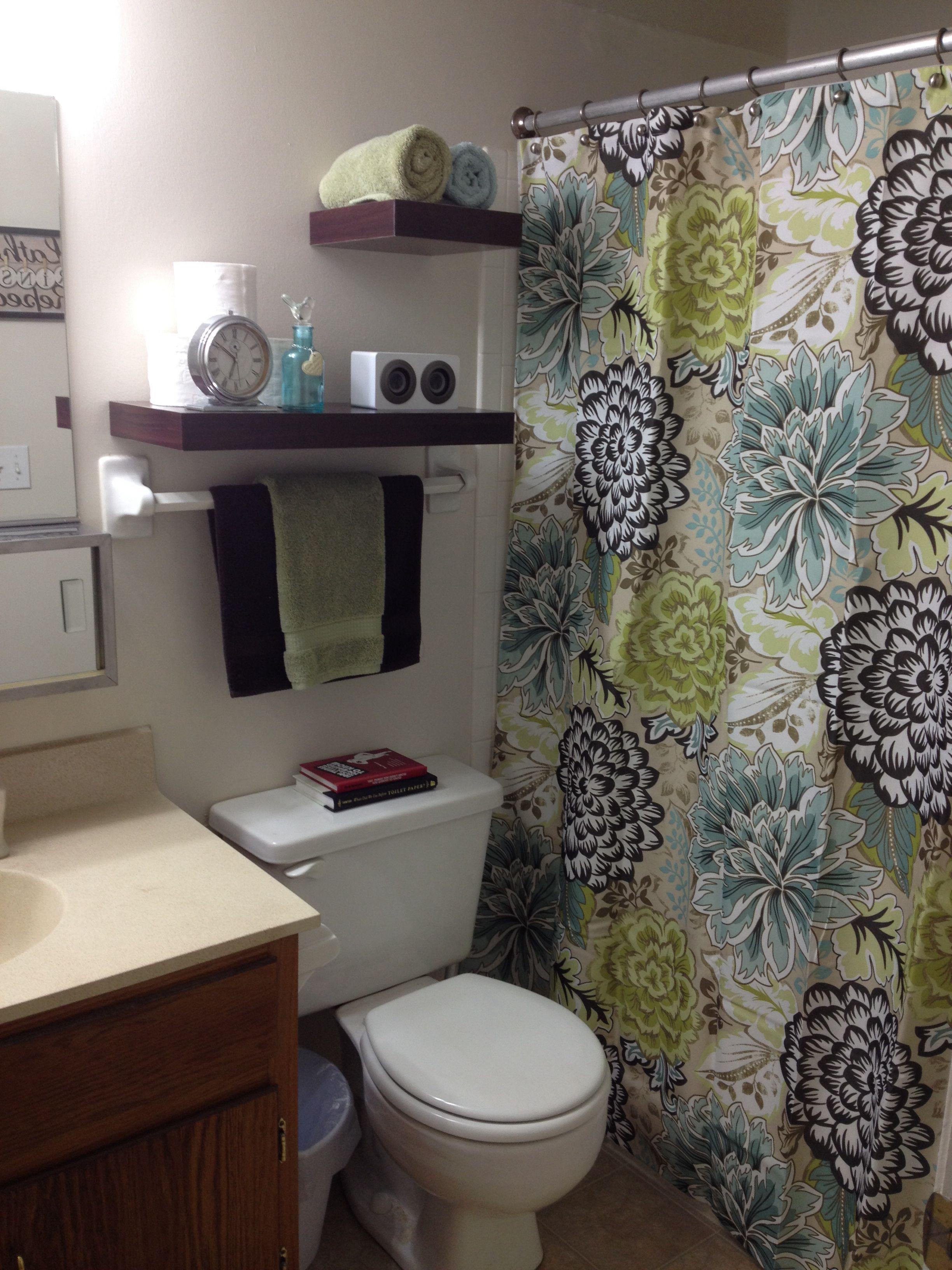 Our Small Apartment Bathroom Small Apartment Bathroom Diy