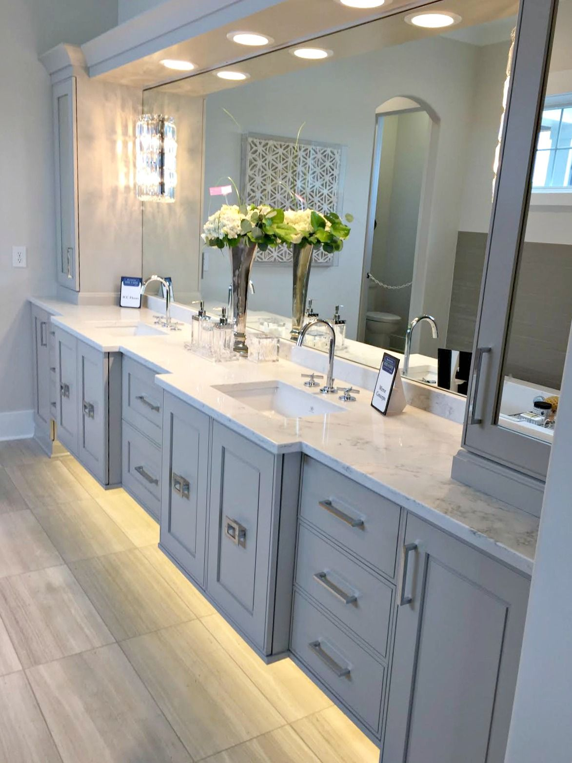 My two favorite home tours ever! in 2019  Home Dec  Grey bathrooms, Bathroom vanity designs