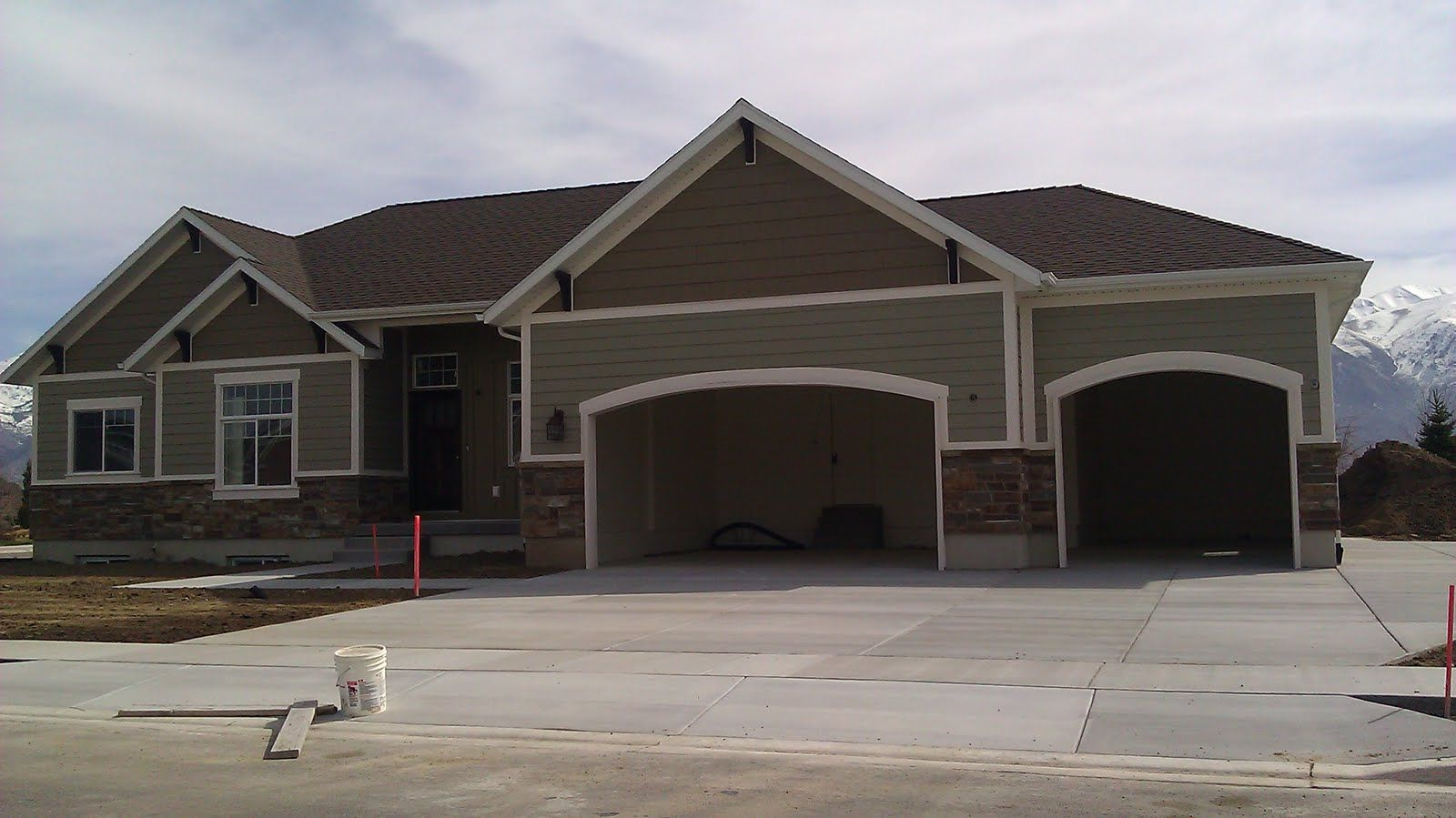 Garage exterior paint ideas - Find This Pin And More On House Exterior Styles Exterior Paint Color Combinations With Dark Garage Doors