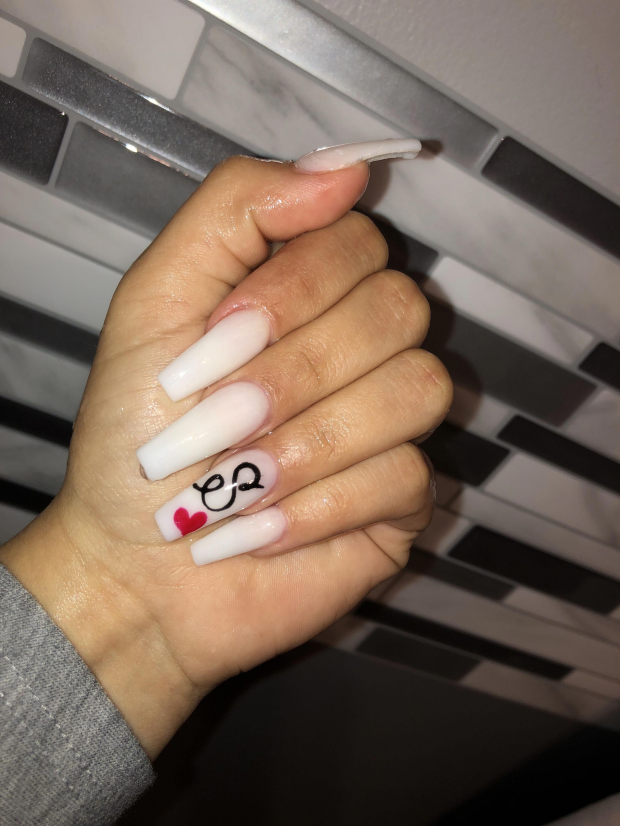 Acrylicnails Acrylic Nails With Initials In 2020 Anniversary Nails Dream Nails Valentines Nails