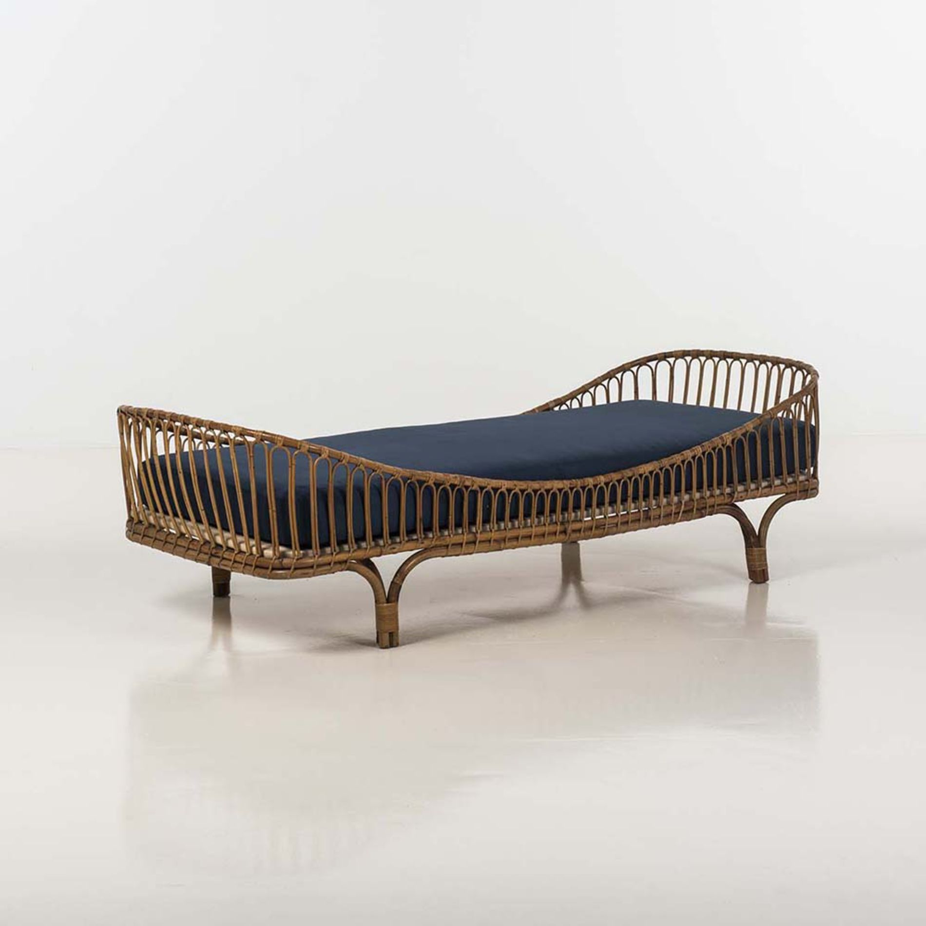 Daybed skandinavisch  Anonymous; Bamboo Daybed by Vittorio Bonacina, c1960. | BEDDED ...
