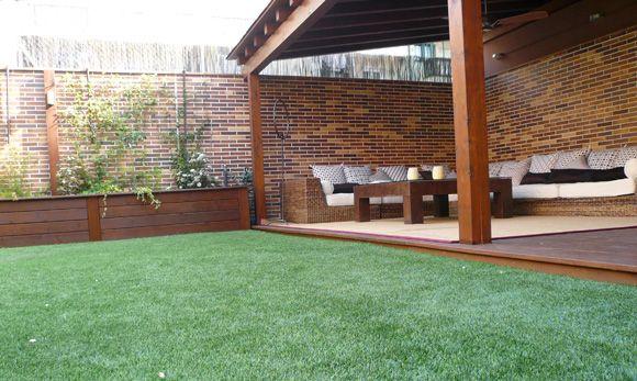 Terraza 40m2 de c sped artificial vivienda en madrid for Viviendas para terrazas
