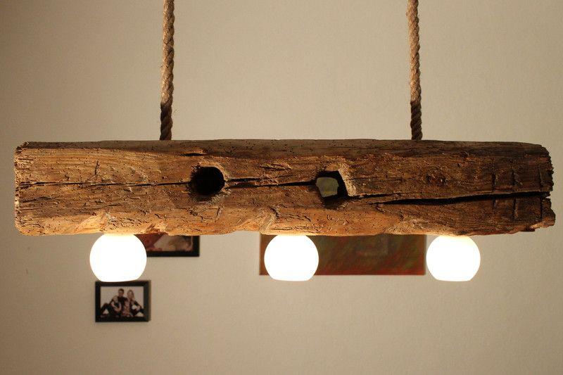 handgefertigte deckenlampe aus altem holzbalken von aus holz mit liebe auf lampen. Black Bedroom Furniture Sets. Home Design Ideas