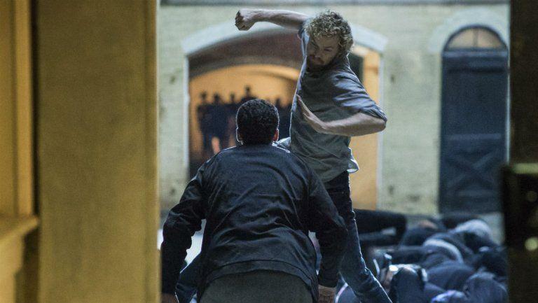 A nova série do Universo Marvel, Punho de Ferro, ganhou mais um trailer.