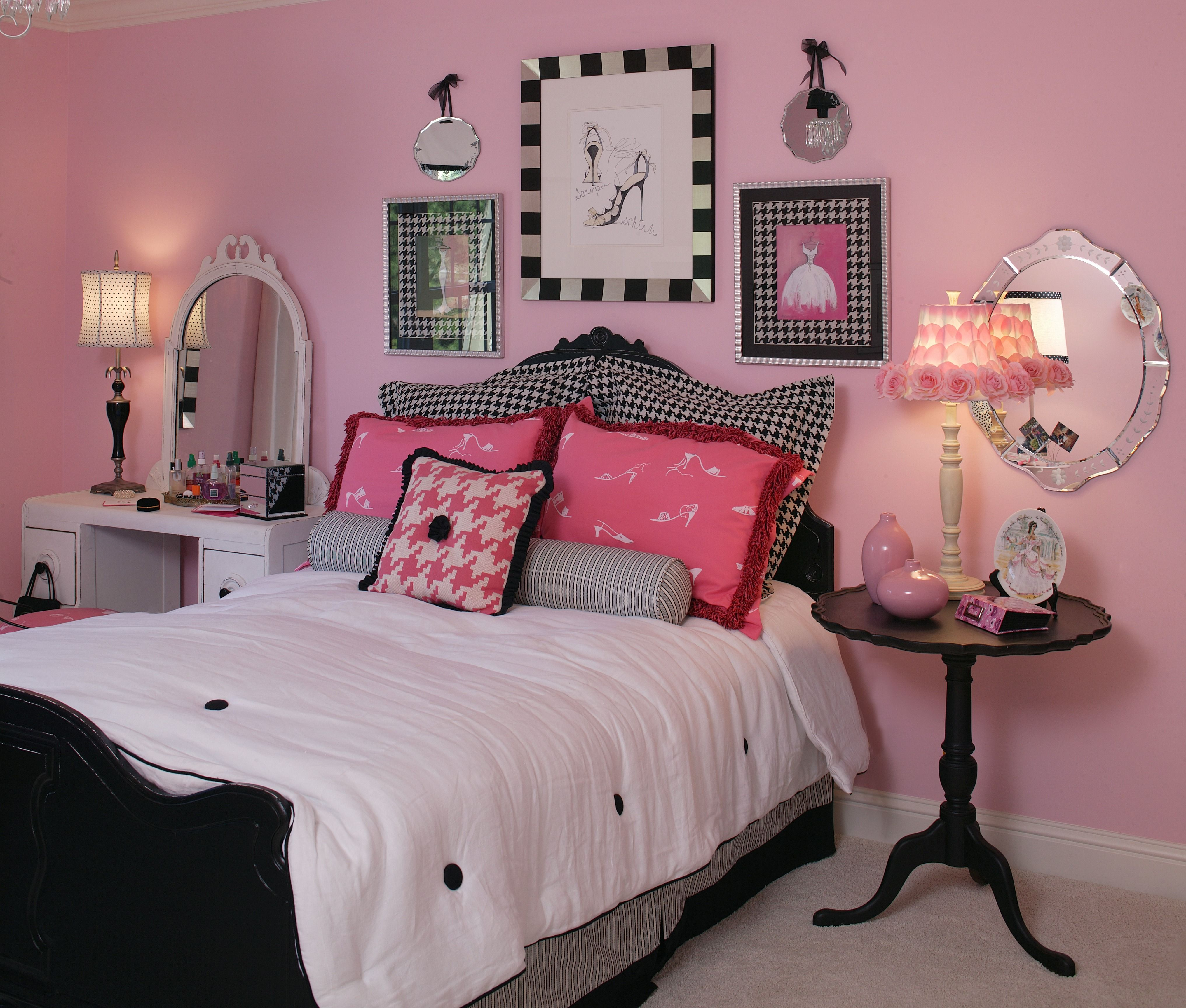 What 12 year old girl would not like to have this bedroom for Room decor for 12 year olds