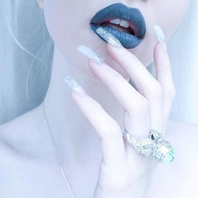 Get weird with #CEMENT!  via @lemonadejar  Get yours @dollskill or shop limecrime.com✨