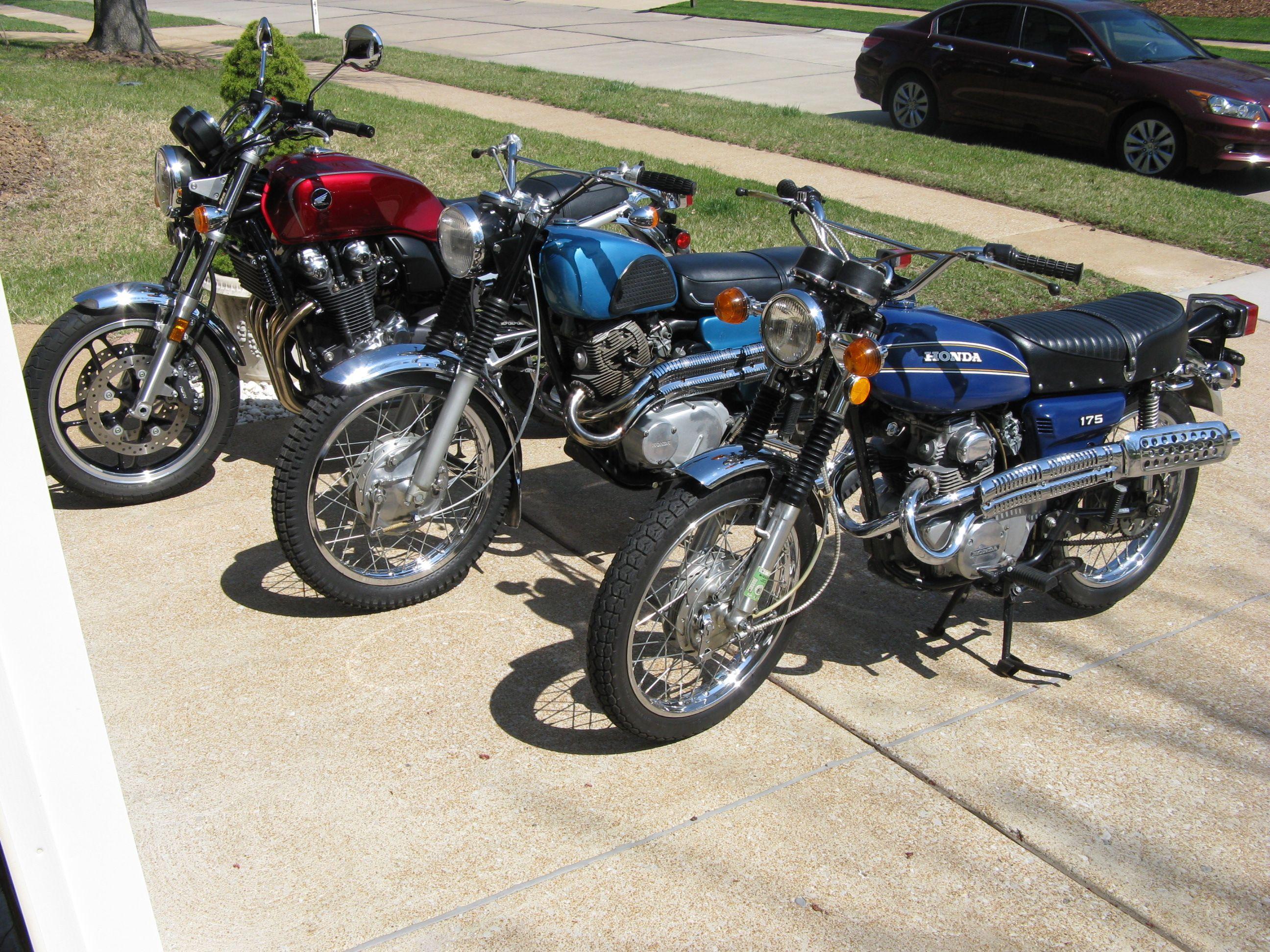 Hondas 72 Cl175 Scrambler 67 Cl77 305 Scrambler Cb100 Honda Motorcycles Honda Motorcycle [ 1944 x 2592 Pixel ]