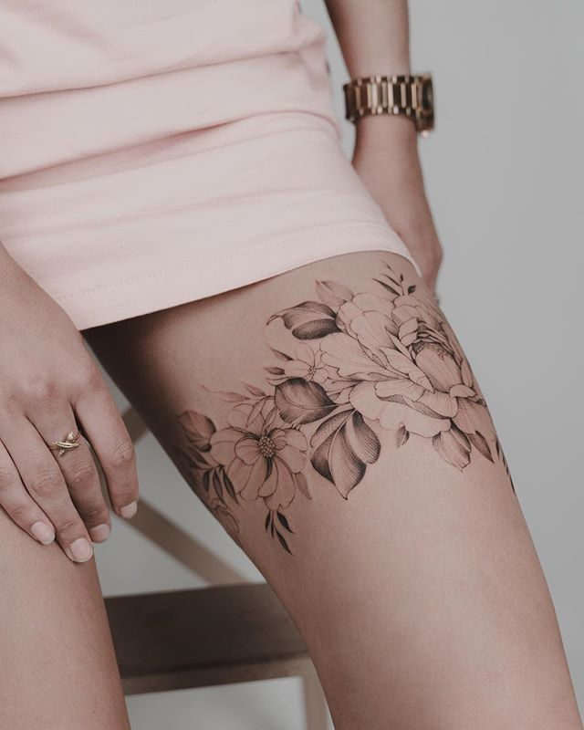 Photo of Flowery thigh band. Thank you for your trust friend 🙏🏼🌸🌿