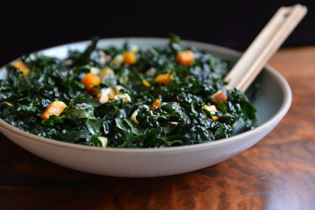 Video: Kale and Butternut Squash Salad with Maple Curry Dressing — Athlete Food #athletefood