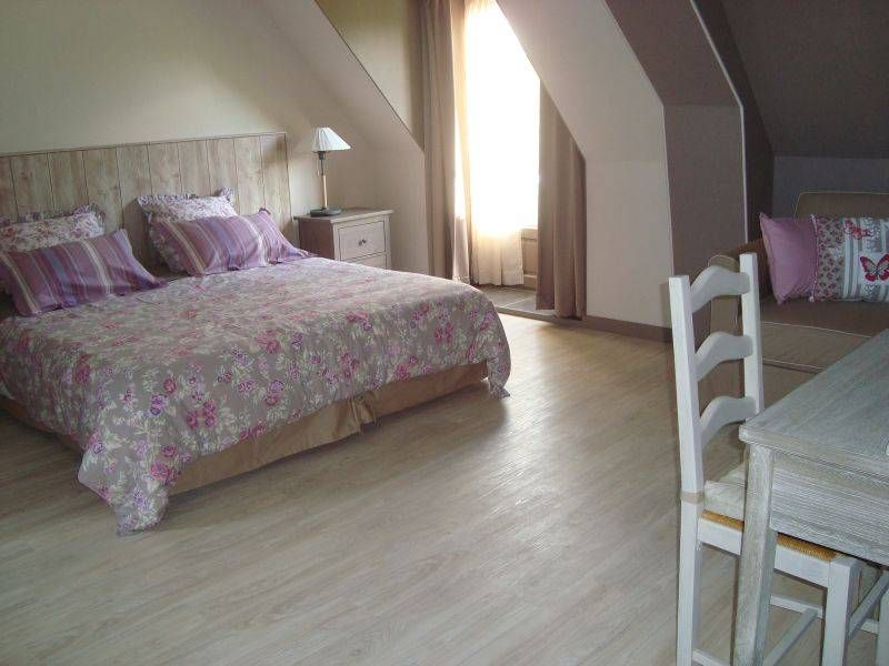 Chambres D Hotes La Metairie 65380 Ossun Decoration Maison Coin Salon Lit D Appoint