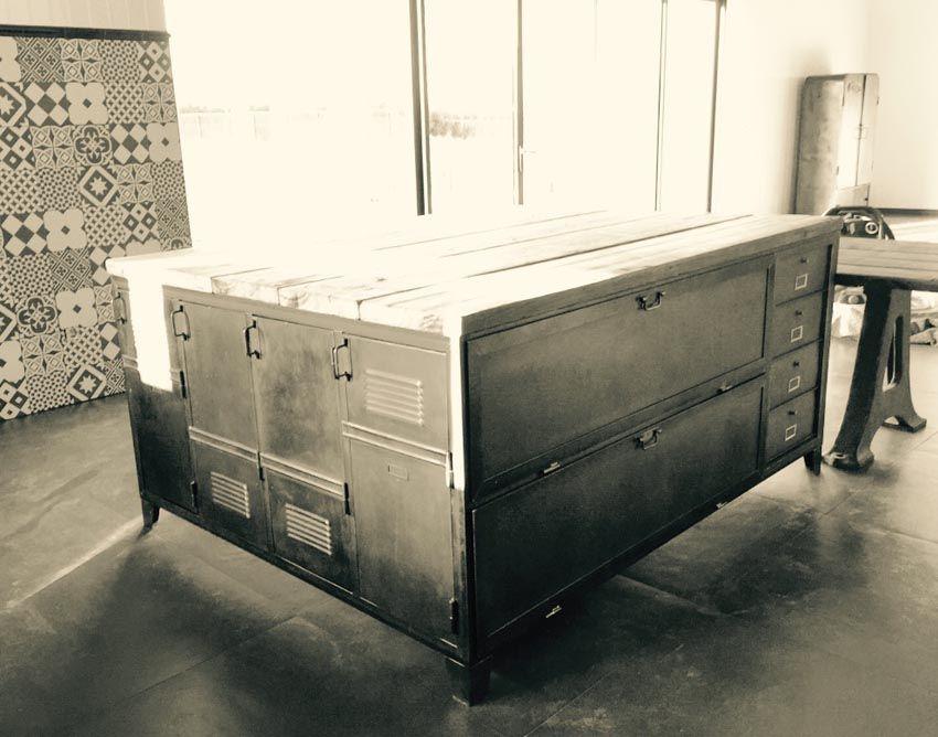 Comptoirs Agencement De Magasin Au Style Industriel Meubles De Rangement Mobilier De Salon Style Industriel
