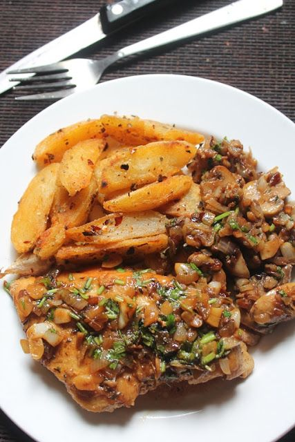 Pan fried lemon garlic chicken with sauteed mushrooms oregano yummy tummy pan fried lemon garlic chicken with sauteed mushrooms oregano potatoes continental food 4 forumfinder Images